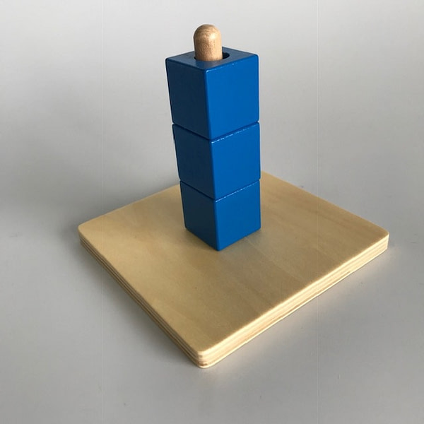 3 Cubes on Vertical Dowel