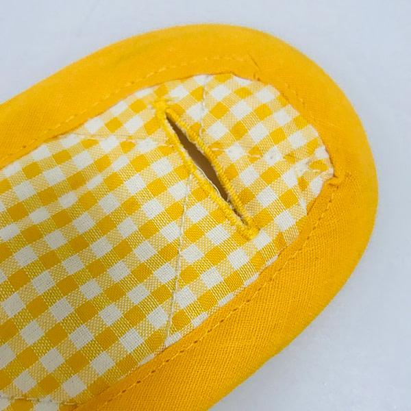 Infant Dressing Frame: 3 Buttons Closure